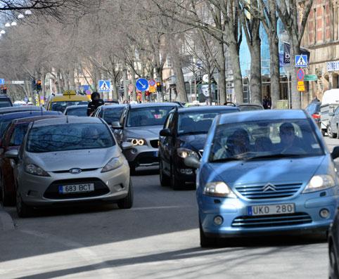 Svenskarna fortsätter att minska sitt bilkörande. Foto: Ulo Maasing.