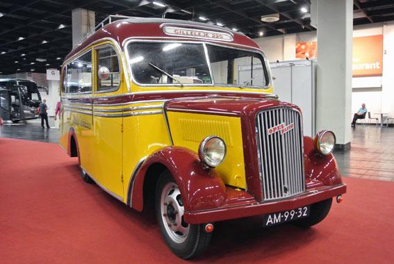 Äldst av bussarna på årets RDA-mässa var denna Opel Blitz från 1938 som en gång gick i trafik för danska Gilleleje Selskabsbus. Foto: Ulo Maasing.