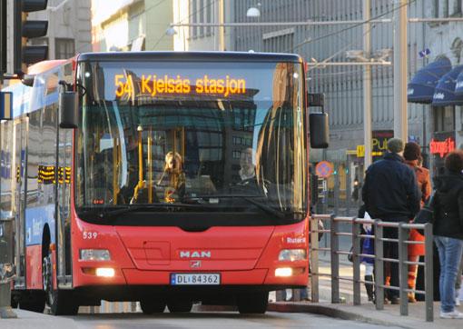 Resandet med kollektivtrafiken i Norge ökar snabbare än i Sverige –utan fördubblingsprojekt. Foto: Ulo Maasing.