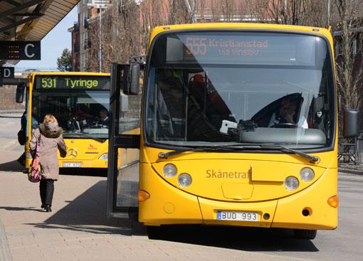 Skånetrafiken gör det lättare att köpa biljett med mobilen. Foto: Ulo Maasing.