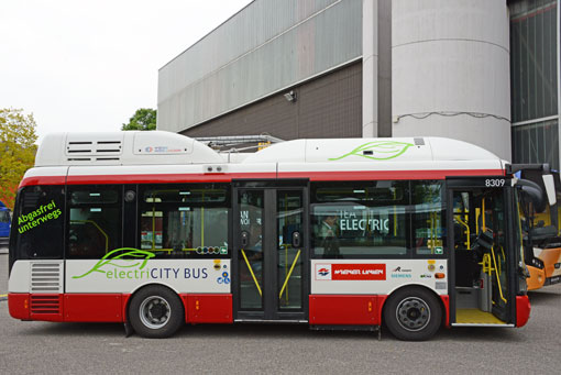 Det är en buss av den här typen, tillverkad av Rampini och Siemens, som nu testas i finska städer. Foto: Ulo Maasing.