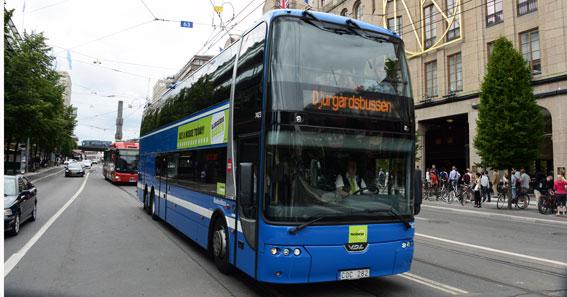 Nobinas Djurgårdsbussen i Stockholm är en av de kommersiella busslinjerna i landet. Foto: Ulo Maasing.
