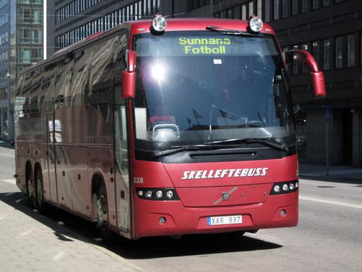 Skelleftebuss böjer sig för tingsrättens dom. Foto: Ulo Maasing.