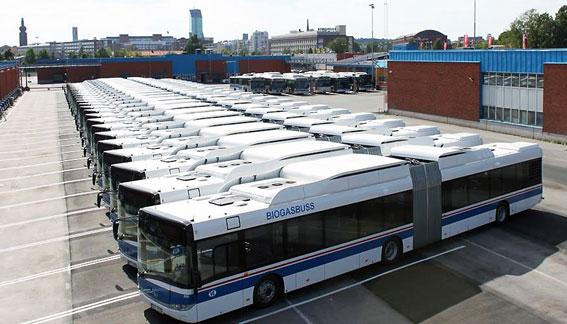 Västerås Lokaltrafik har tagit emot 24 ledbussar från Solaris i samband med årets stora trafikomläggning. Foto: Solaris.