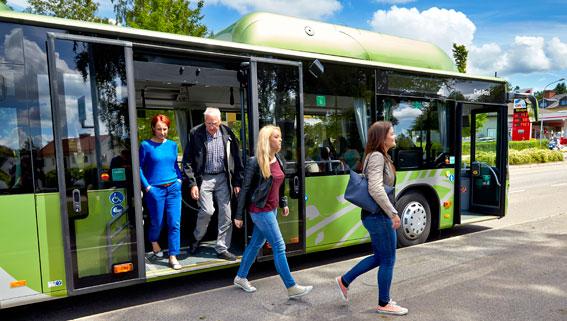 Bussresenärerna i Kronoberg ger trafiken högt betyg. Foto: Mats Samuelsson.