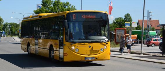 En buss tillverkad av Lahden Autkori i trafik på Gotland. Foto: Ulo Maasing.