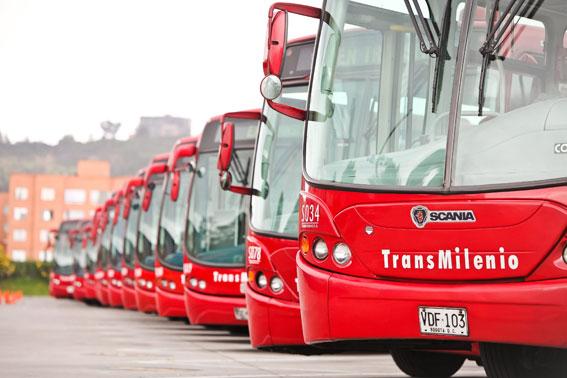 Scaniabussar för Bogotàs BRT-system Transmilenio. Latinamerika kommer att vara en av de starka tillväxtmarknaderna för Scania. Foto: Silvio Serber/Scania.