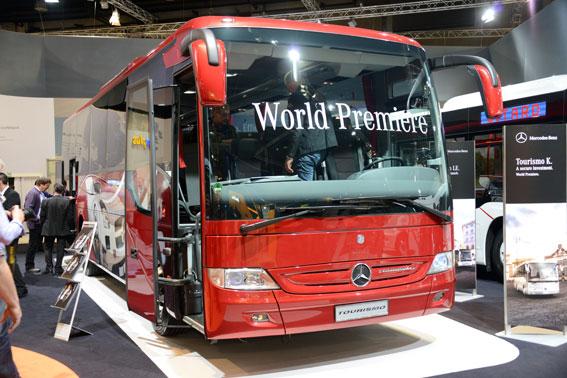 Mercedes-Benz visade bland annat sin välkända Tourismo i en kortare version. Foto: Ulo Maasing.