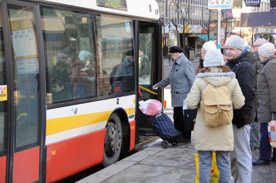 Jönköpings Länstrafik ska testa elhybridbussar och senare även elbussar i Jönköping och Nässjö. Första bussen kommer till våren. Foto: Ulo Maasing.