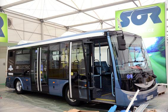 Ovanlig bekantskap. Bland de tillverkare som visar elbussar på Busworld finns också tjeckiska SOR. Foto: Ulo Maasing.