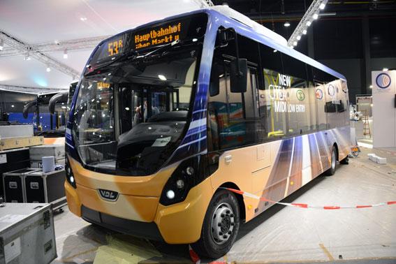 Det finns naturligtvis mycket icke elektriskt också på Busworld. VDL premiärvisar således sin Citea Midi, en stadsbuss som man har utvecklat i samarbete med Wrightbus. Foto: Ulo Maasing.