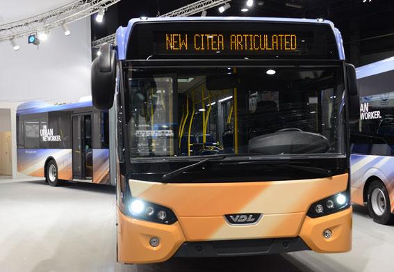 Stads- och regionbussen Citea som ledbuss var en av nyheterna från VDL. Foto: Ulo Maasing.