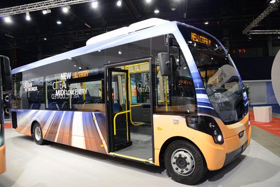 VDL:s nya midibuss är utvecklad i samarbete med Wrightbus. Foto: Ulo Maasing.