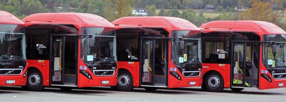 Nettbuss har satt 17 nya hybridbussar från Volvo i trafik i Oslo. Därmed är Norge den största marknaden för kompletta hybridbussar från Volvo. Foto: Volvo Bussar.