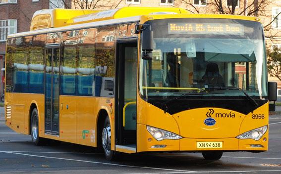 På fredag är det premiär för Köpenhamns första fullstora batteribussar. Foto: Movia.