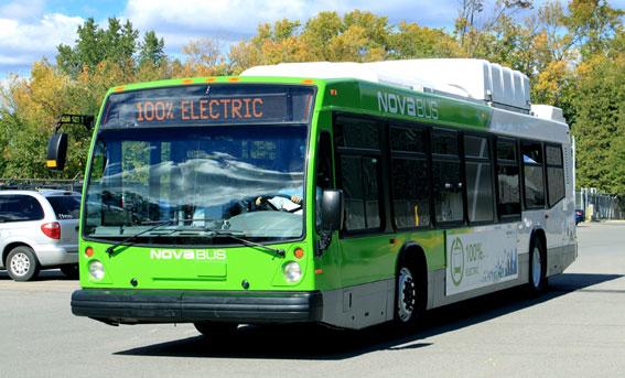 En elbuss från Volvo Bussars nordamerikanska dotterbolag Nova Bus, Nova Bus LFSe. Foto: Volvo Bussar.