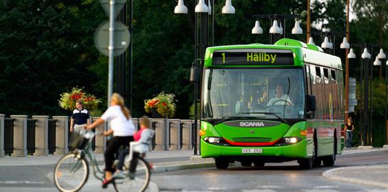 Eskilstuna kommun tar till ett nytt grepp för att locka motionärer till bussen. Foto: PeO Quick.