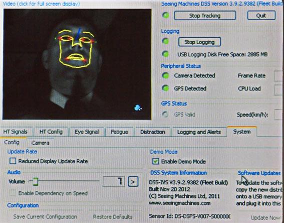 Systemet använder sig av infrarött ljus och en kamera för att registrera ansikte och ögon hos föraren. Bild: Royal Beuk.
