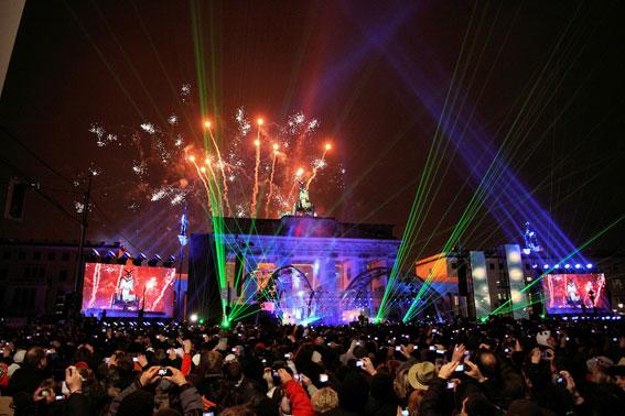 Nyårsfirande vid Brandenburger Tor. Foto: VisitBerlin.