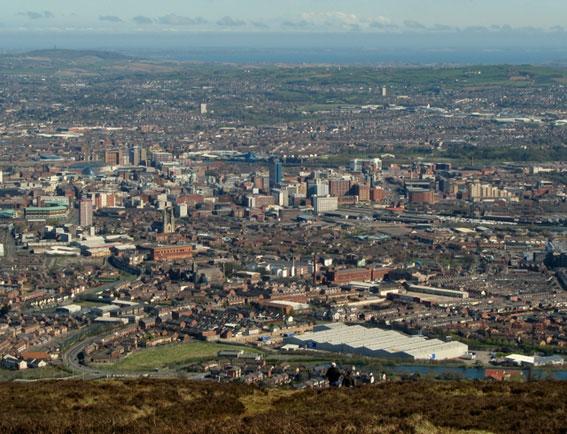 Även Belfast satsar på BRT. Foto: Ross/Wikimedia Commons.