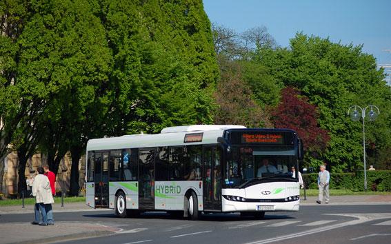 Solaris Urbino 12 Hybrid. Nu har den framgångsrika polska busstillverkaren sålt sin första hybridbuss i Sverige. Bild: Solaris.