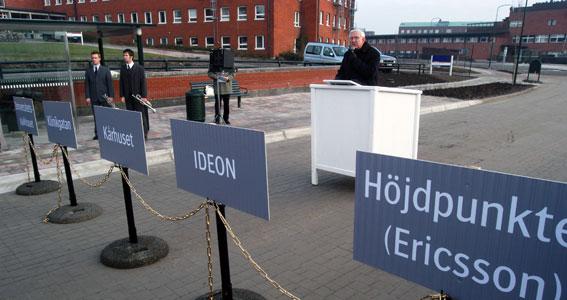 2002 invigdes Lundalänken i Lund. Nu står debatten het om den ska byggas om till spårvägsdrift. Foto: Ulo Maasing.
