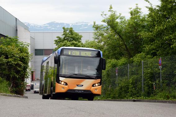 VDL är en av de busstillverkare som deltar i det ambitiösa, internationella elbussprojektet. Företaget lanserade sin navmotordrivna elbuss Citea Electric i fjol. Foto: Ulo Maasing.