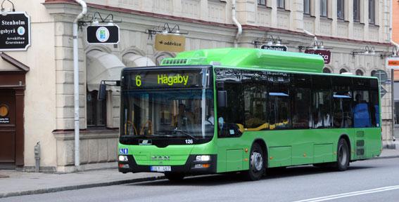 Namninsamlingar och protestdemonstrationer lönade sig inte. I Uppsala blir 30-dagarskortet för bussresor 50 procent dyrare. Foto: Ulo Maasing.