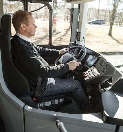 Bussförare fortsätter att vara utsatta för hot och våld. Bilden har inget direkt samband med artikelns innehåll. Foto: Volvo Bussar.