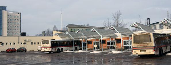 Resecentrum i Borlänge. Dalfolket väljer bort kollektivtrafiken mer än några andra i landet. Kollektivtrafikens marknadsandel i Dalarna är futtiga 8 procent. Foto: Ulo Maasing.