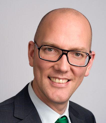 Gustav Hemming (C), miljölandstingsråd i Stockholms län: Dubbelledade elbussar nästa!