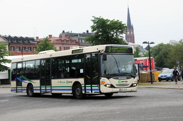 Dalarna nästa. Ett sjuttiotal äldre Keolisbussar i Västernorrland får förlängt liv och ny lackering i Dalarna. Foto: Ulo Maasing.