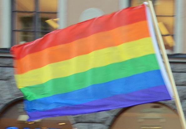 Sohlbergs Buss och Lahalls Bil i Västergötland satsar på att bekämpa hatbrott mot homosexuella. Foto: Ulo Maasing.