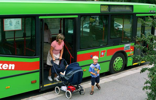 Södermanlands län var i fjol sämst i landet när det gäller tillgänglighetsanpassade bussar i kollektivtrafiken. Foto: PeO Quick.