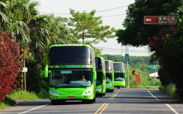 Taiwans ledande bussoperatör U-bus har beställt 100 Scaniachassier. Foto: Scania.
