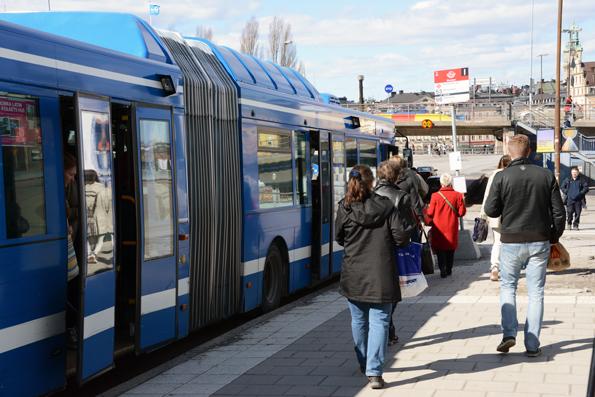 """SL-biljetter som köps på nätet ska """"i princip"""" börja gälla direkt på bussarna. Foto: Ulo Maasing."""