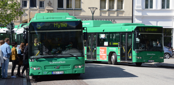 Dagens kollektivtrafik i Skåne –men hur är framtidens. Skånetrafiken är nu på jakt efter visionärer, utvecklare och designers inför ett stort hackathon i slutet av maj. Foto: Ulo Maasing.