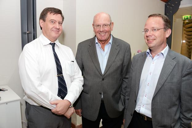 Göran Hallén, Sveriges Bussföretag, tidigare Swebus- och SJ-chefen Kjell Nilsson samt Lars Sandberg, Tågoperatörerna.