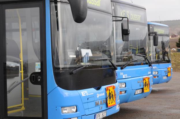 Kungsbacka kommun har beställt bussar för skolresor och andra verksamheter i kommunen för miljontals kronor utan upphandling. Foto: Ulo Maasing.