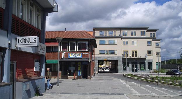 Kyrktorget i Partille. Foto: Harri Blomberg. Lic genom wikimedia commons.