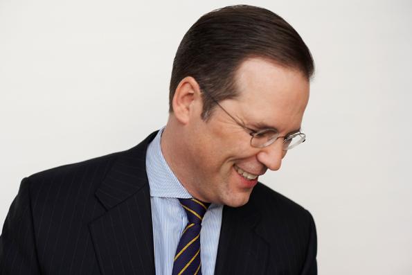 Finansminister Anders BOrg(M) och energiminister Anna-Karin-Hatt(C) kovänder om miljöbränslet HVO.