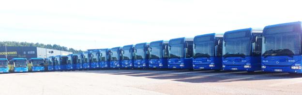 Iveco Bus har fått order från svenska företag på 43 bussar för leverans i sommar. Flera företag som kör kollektivtrafik i Västra Götaland har beställt Ivecos linjevagn Crossway i lågentréutförande. Foto: Vest Buss.