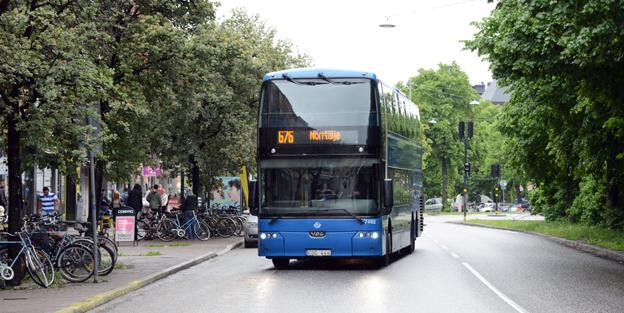 En buss kommer lastad… med rekordnöjda resenärer. Foto: Ulo Maasing.