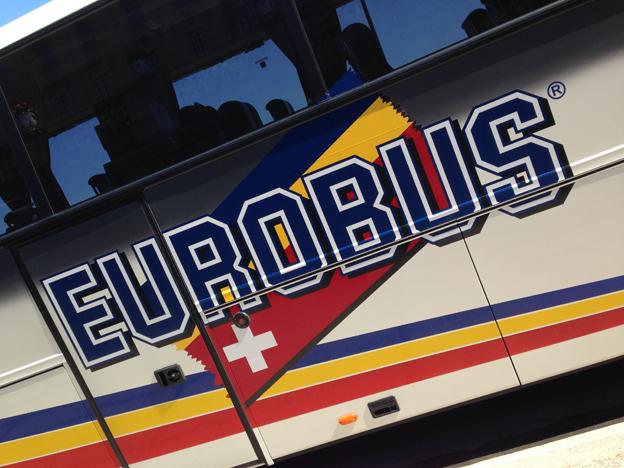 Det var en buss från schweizisa Eurobus som var inblandad i den svåra bussolyckan i Norge i tisdags. Foto: Ulo Maasing.