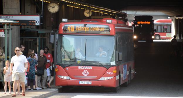Klagomålen strömmar in till SL över att det är för varmt i bussarna. Foto: Ulo Maasing.