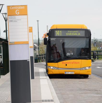 En femtedel av alla arbetsrsor i Skåne görs med kollektivtrafiken. Foto: Ulo Maasing.