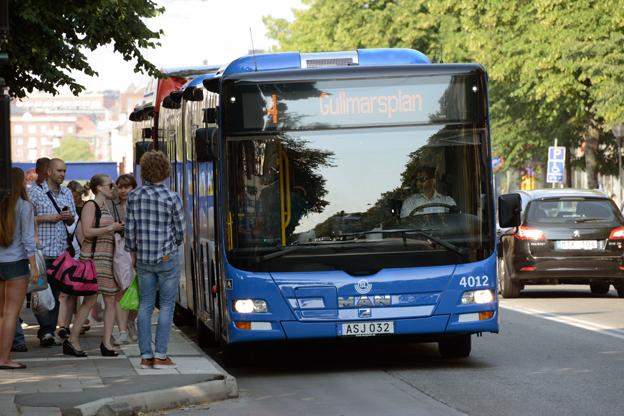 Resenärerna i Storstockholm väljer inte kollektivtrafiken som SL hade hoppats på. Foto: Ulo Maasing.