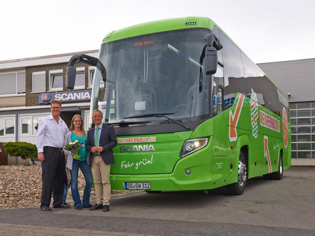 Scania har nu levererat sin första Touring i Tyskland. Foto: Scania.