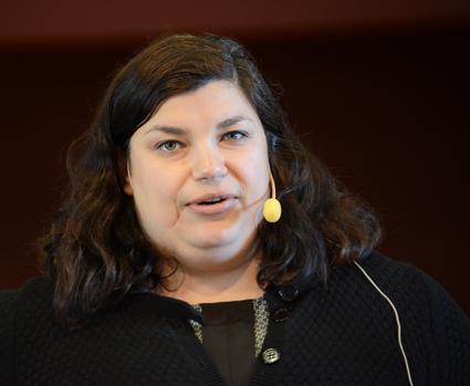 Maryam Yazdanfar, chef för public affairs vid Nobina Sverige: Våra kunder är en mångfald av människor. Därför är det bra att också vi är det. Foto: Ulo Maasing.
