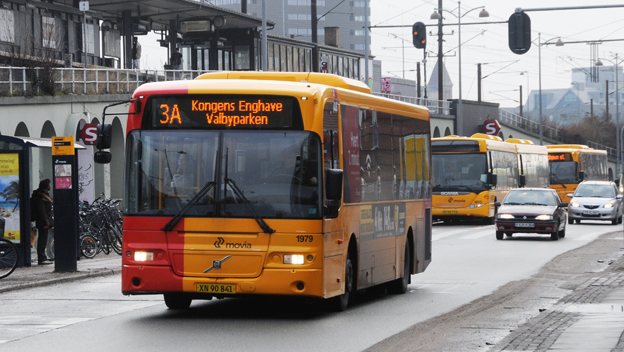 Den som reser med Rejsekort i Köpenhamnsområdet måste se upp. Om bussen eller tåget blir försenat kan resan bli dyrare. Foto: Ulo Maasing.